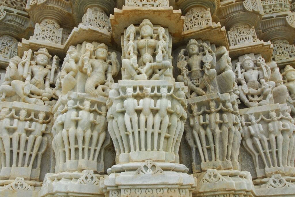 Udaipur to Ranakpur Taxi Service with Price & Packages